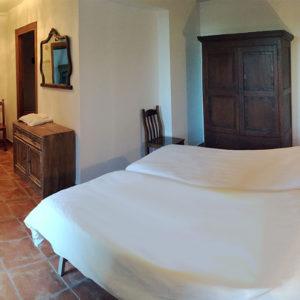Casa Cerio - Casa Rural en Navarra - Habitaciones - 04 - El Patio - 00