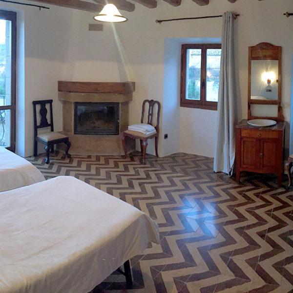 Casa Cerio - Casa Rural en Navarra - Habitaciones - 06 - Montejurra - 00