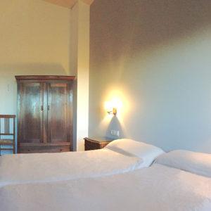 Casa Cerio - Casa Rural en Navarra - Habitaciones - 11 - El Palomar - 00