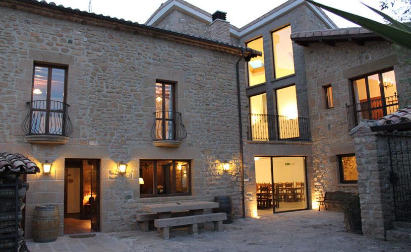 Casa Cerio - Casa Rural en Navarra - Patio privado con encanto - Slide Inicio 201705-01
