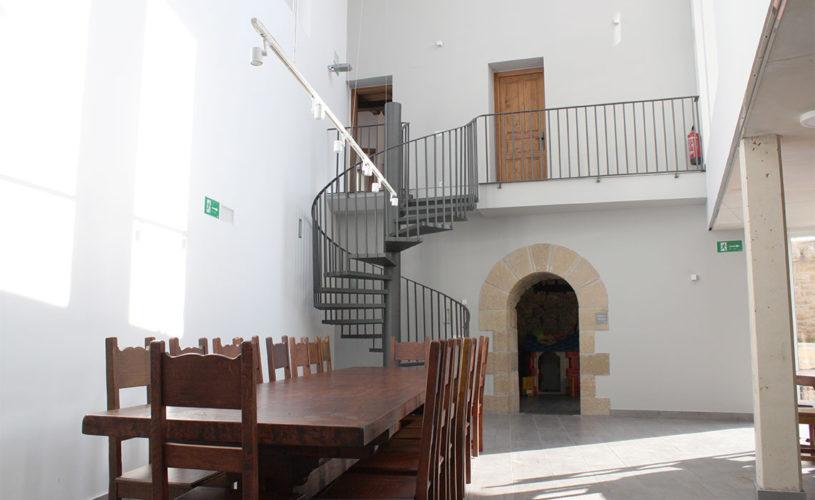 Casa Cerio - Casa Rural en Navarra - Salón de juegos visible desde el Txoko-Lof - 03