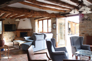 Casa Cerio - Casa Rural en Navarra - Salones - Txoko tradicional - 01