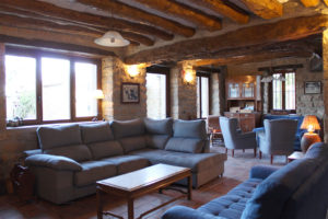 Casa Cerio - Casa Rural en Navarra - Salones - Txoko tradicional - 02
